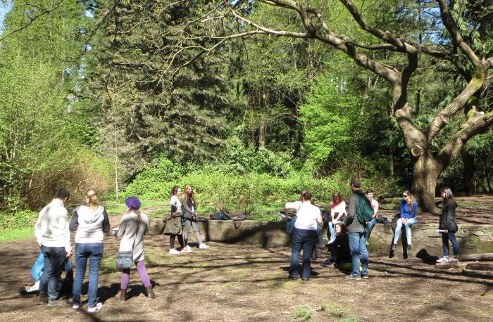 SFU students tour Byrne Creek