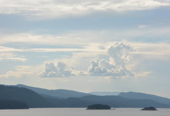 Swartz Bay to Tsawassen Clouds