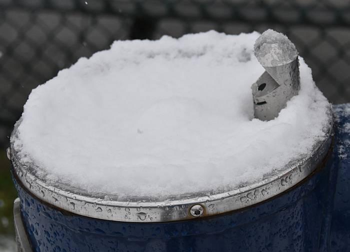 cipywnyk_burnaby_snow_byrne_creek_snow_3_20161204