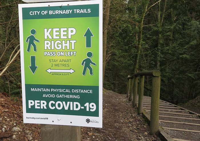 covid sign burnaby bc trail