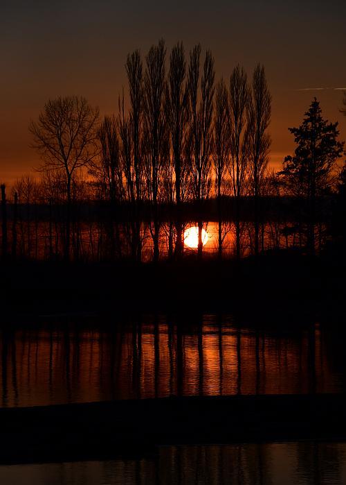fraser foreshore park sunset burnaby bc